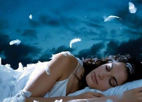 Молитва от бессонницы и здорового сна читать вечером